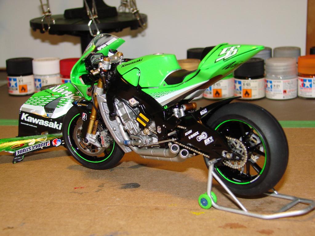 Kawasaki Ninja ZX-RR GP DSC00410_zps9x4kypiw