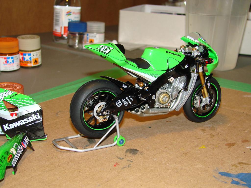 Kawasaki Ninja ZX-RR GP DSC00420_zps4axjhyis