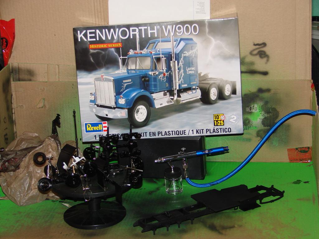 Kenworth W900 DSC00444_zpsltiljpl2
