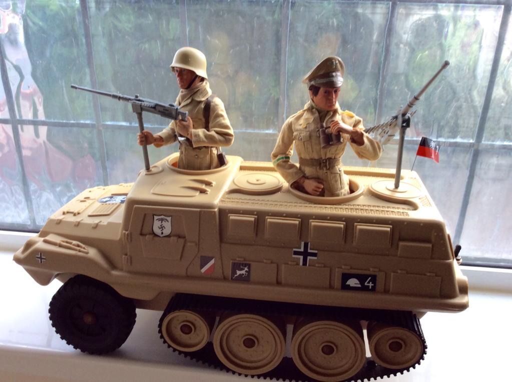 Afrika Korps C608f6dc22471384c3a4c755d818dfa7_zpsdd98e101