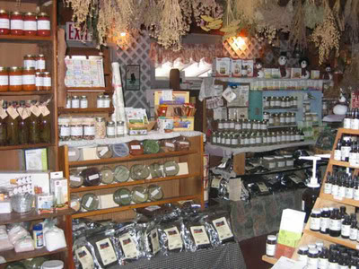 Airy's Magical Herbal Shop of Cure Alls & Curiosities . Kings_Herb_Nook_zps235a80e8