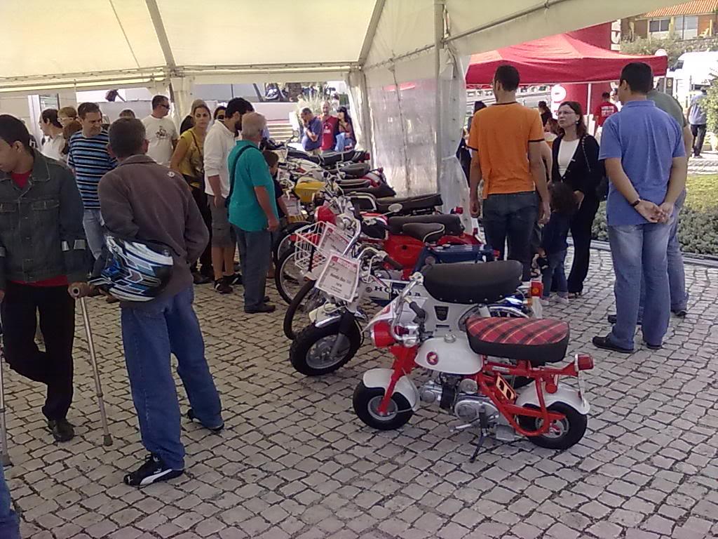 CRÓNICA DA FEIRA DE MOTOS USADAS 5 E 6 DE OUTUBRO 051020121125_zps94f13d37