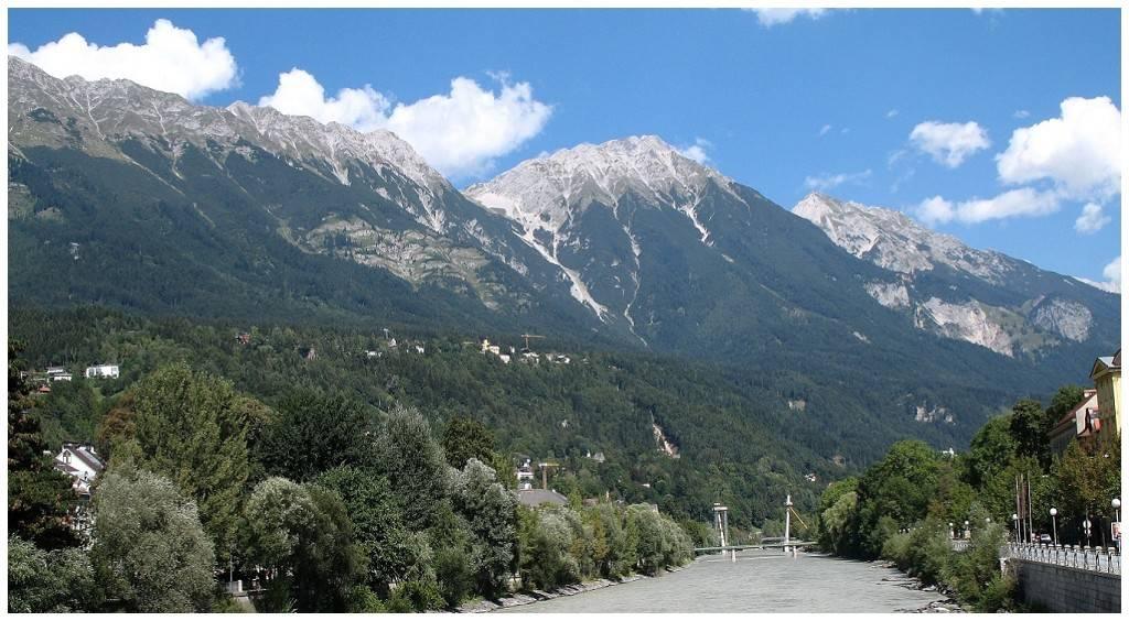 Innsbruck (LOWI) - Vienna (LOWW) FSX-InnsbrucktoVienna00_zps6654d6b4