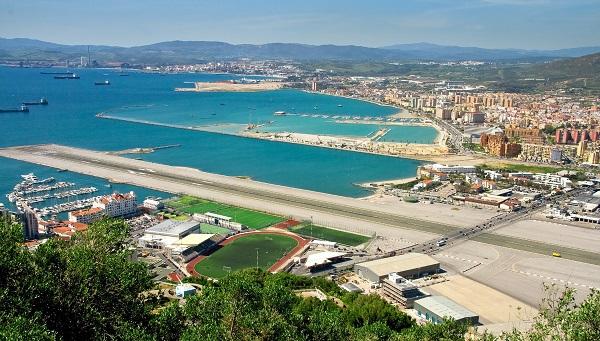 Gibraltar (Território britânico ultramarino) Gibraltar_Airport_Main_Highway_zpse6b1bece