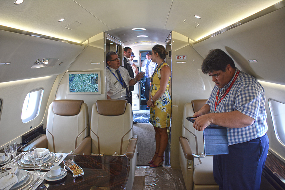 Embraer - Lineage 1000E Singapura-859a_zpsb25f1852