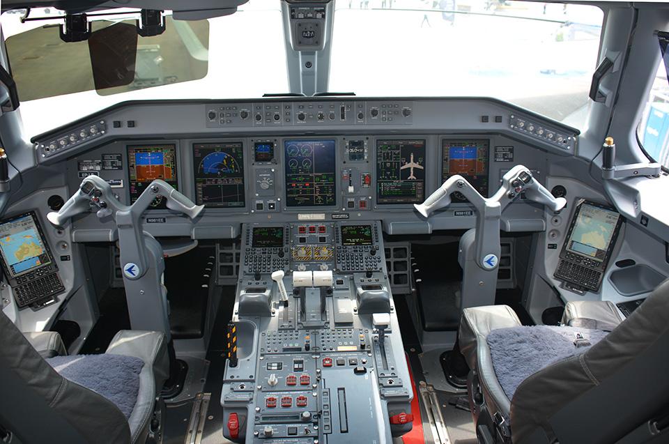 Embraer - Lineage 1000E Singapura-869a_zps2ae86a5c