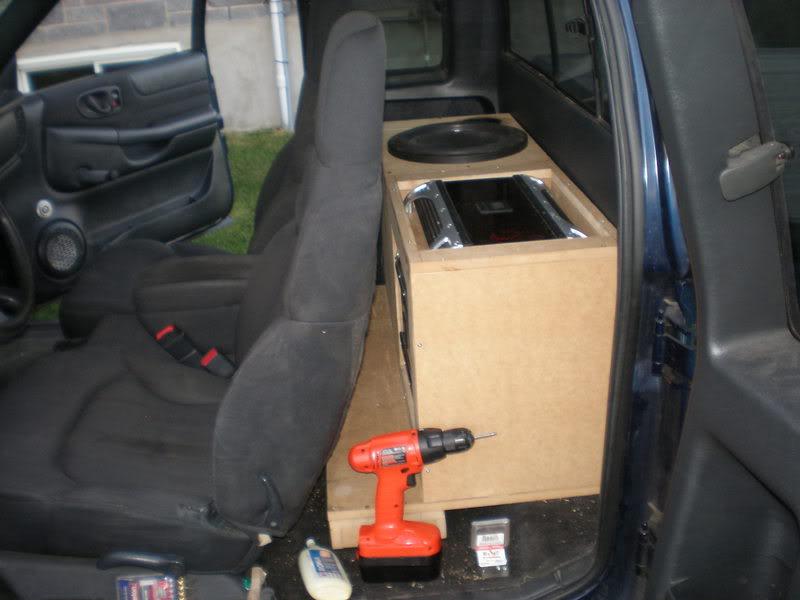 amp rack P9020615