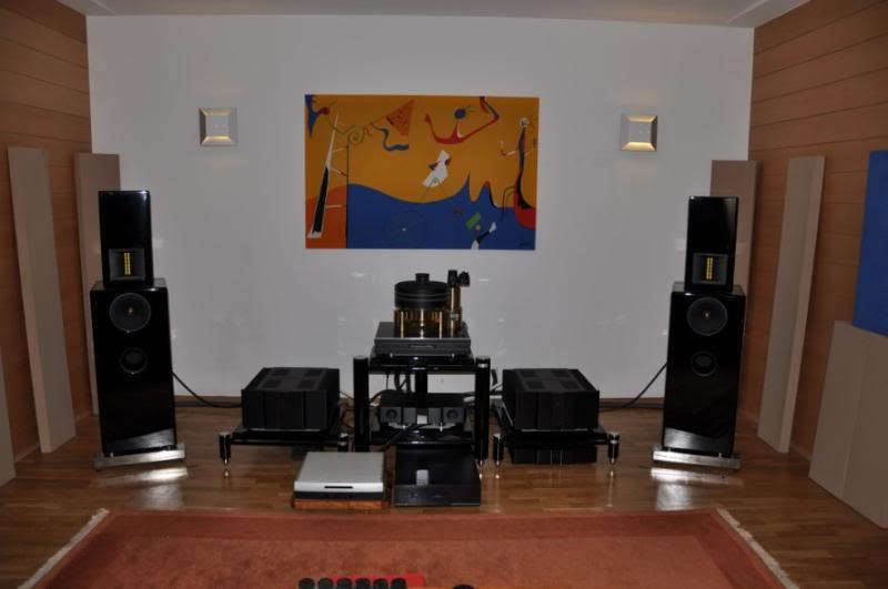 Ultimate Audio Demo Room DSC_0224