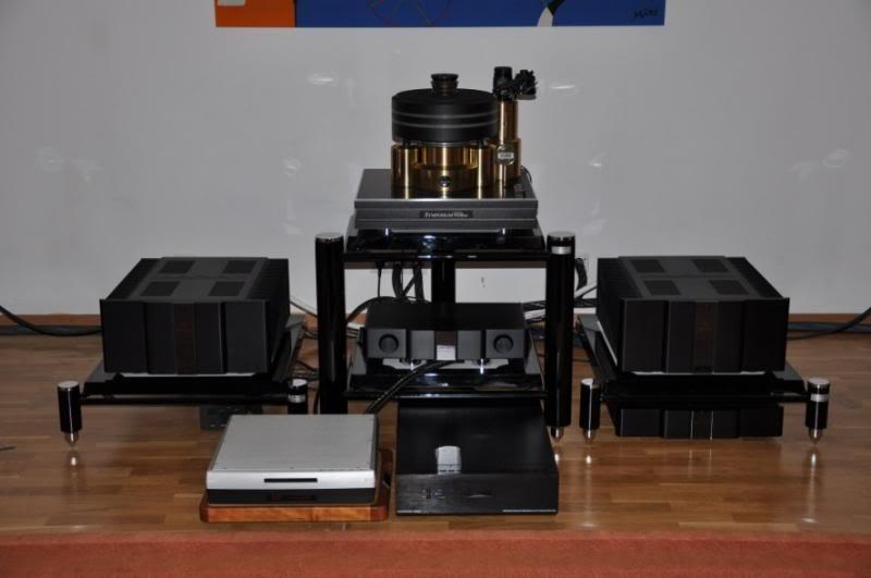 Rack e bases de amplificador da Copulare DSC_0232