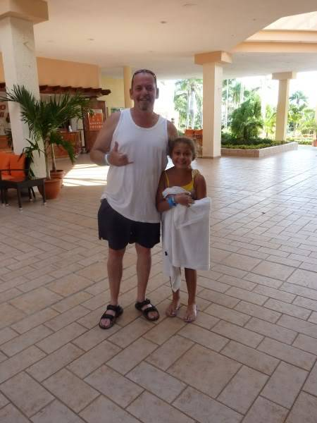 Pics of our trip to Cuba... 376