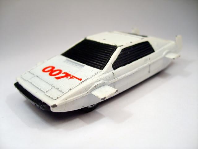 Modelos de Peliculas o Series de TV 007_Lotus_Esprit_Corgi