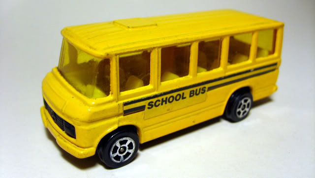 Buses Escolares MercedesCorgi