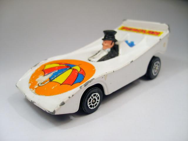 Modelos de Peliculas o Series de TV Penguin_Corgi