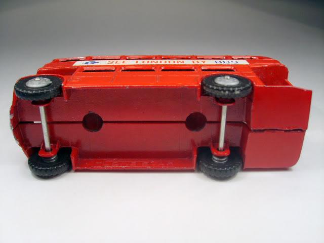 Double Deckers S6005164