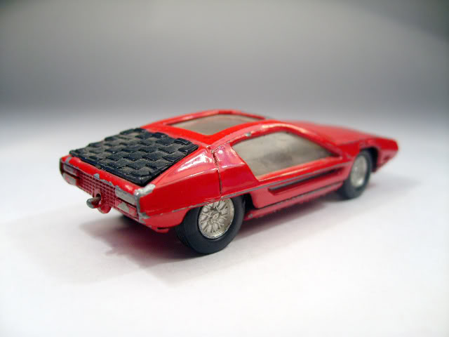 Made in Italy, Speedy? 805_Lamborghini_Bertone_b