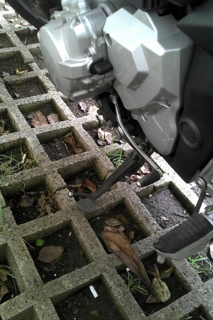 """Estacionamento """"anti-moto""""! E aí, vai arriscar? rs 2013-02-05_09-59-31_337_zps2af2222f"""