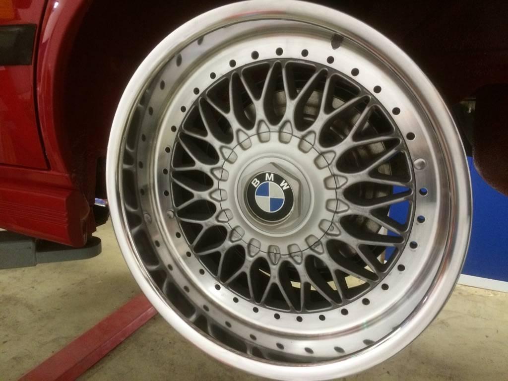 "633csi - BMW 633csi 1977 projekt och M535i 1986 ""sidoprojekt"" besiktigad !! =) - Sida 7 IMG_16971_zpsdec40cd0"
