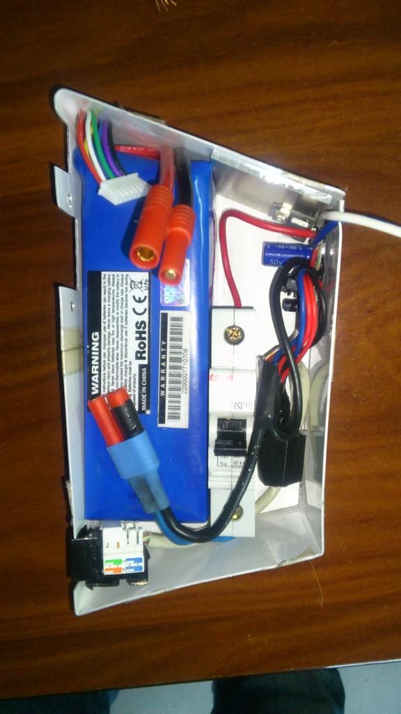 Cajas batería caseras. 03_zpsgi8u5f7u
