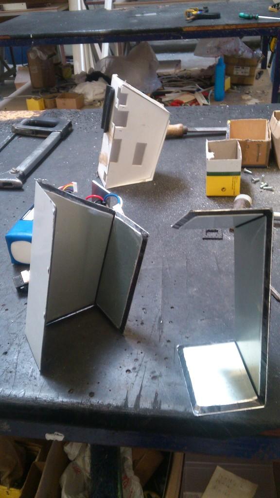 Cajas batería caseras. 13_zpsqfshtzye
