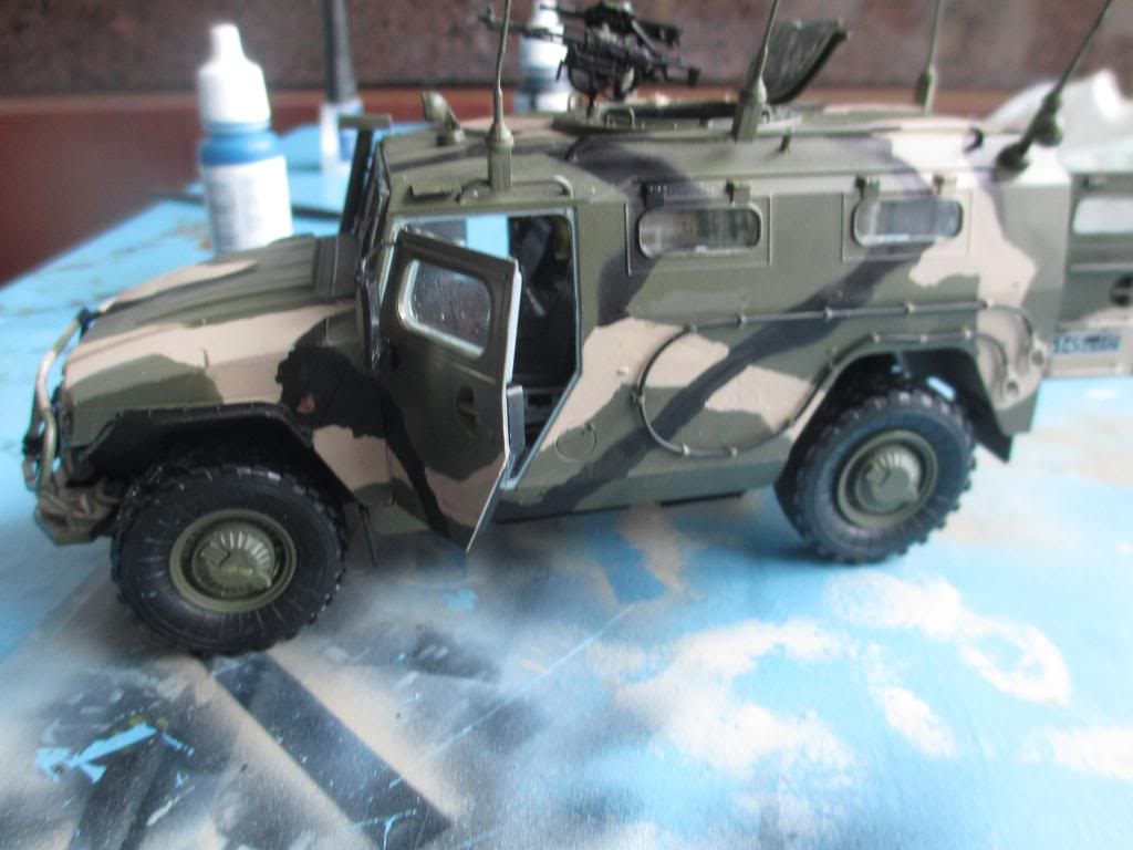 GAZ 233014 Tiger - Meng- 1/35 IMG_3477_zpsb328723b