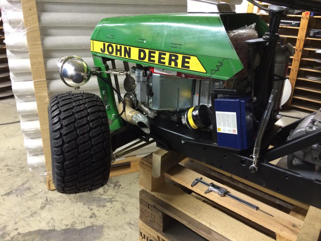 "TD's John Deere 210 R - ""Help I Shrunk my John Deere 210""! - Page 21 IMG_0638_zpsca1d3cd3"