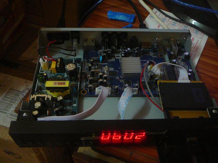 Đập hộp SUPERBOX S18 - hybrid IPTV - Page 21 P1080339_zpsd3fc9d11