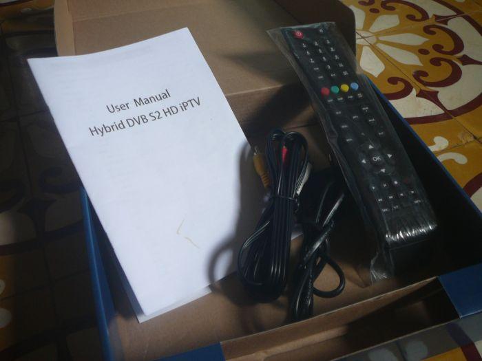 Đập hộp SUPERBOX S18 - hybrid IPTV - Page 21 P1080415_zps2f7f0173