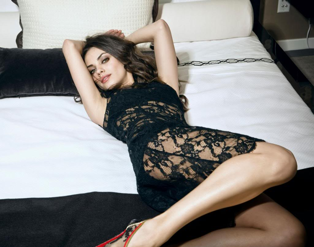 Ficha de Evelyn de Rossi Mila-Kunis-Esquire-2010-6_zpseef9c461
