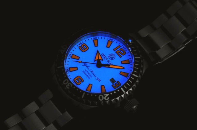 ¿Que reloj llevamos hoy? - Página 22 DEEP_BLUE_42MM_ALPHA_MARINE_500_DIVER_WHITE_ORANGE_2_zpsf6cdf028