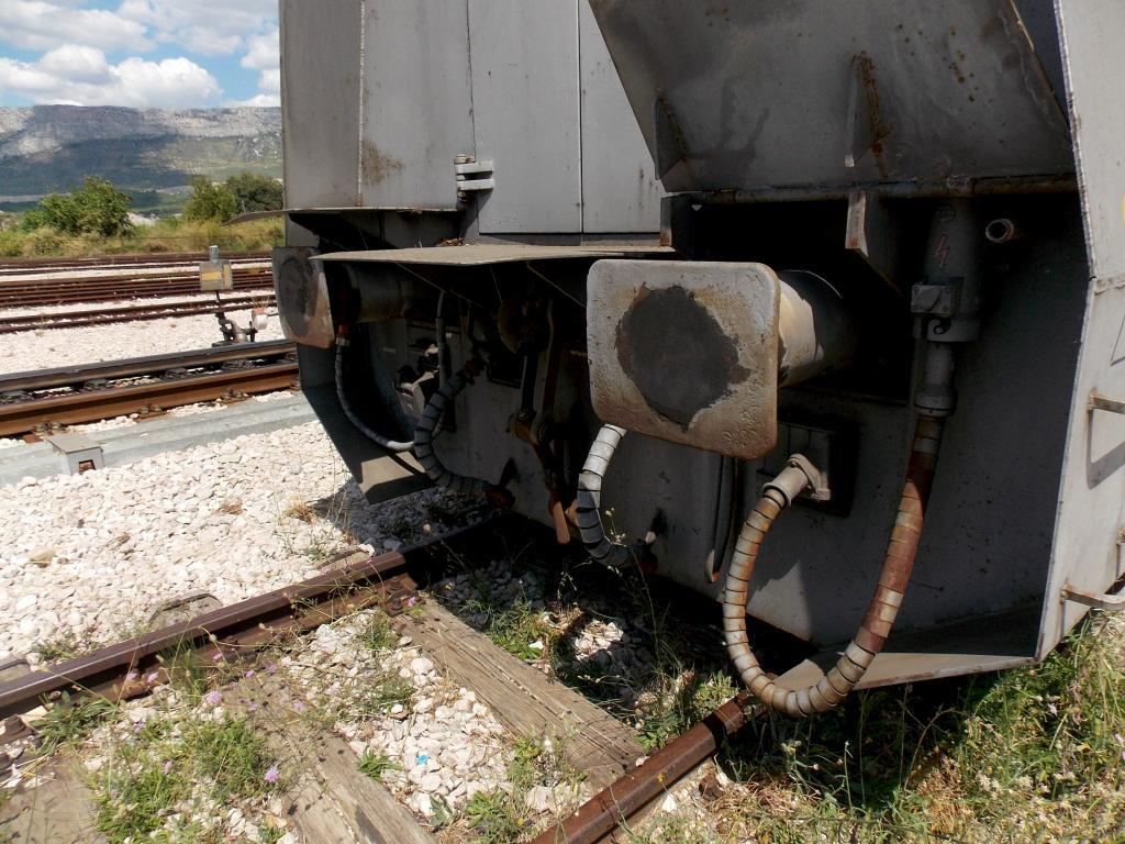 Oklopni vojni vlak DSCN6108_zps239f6339