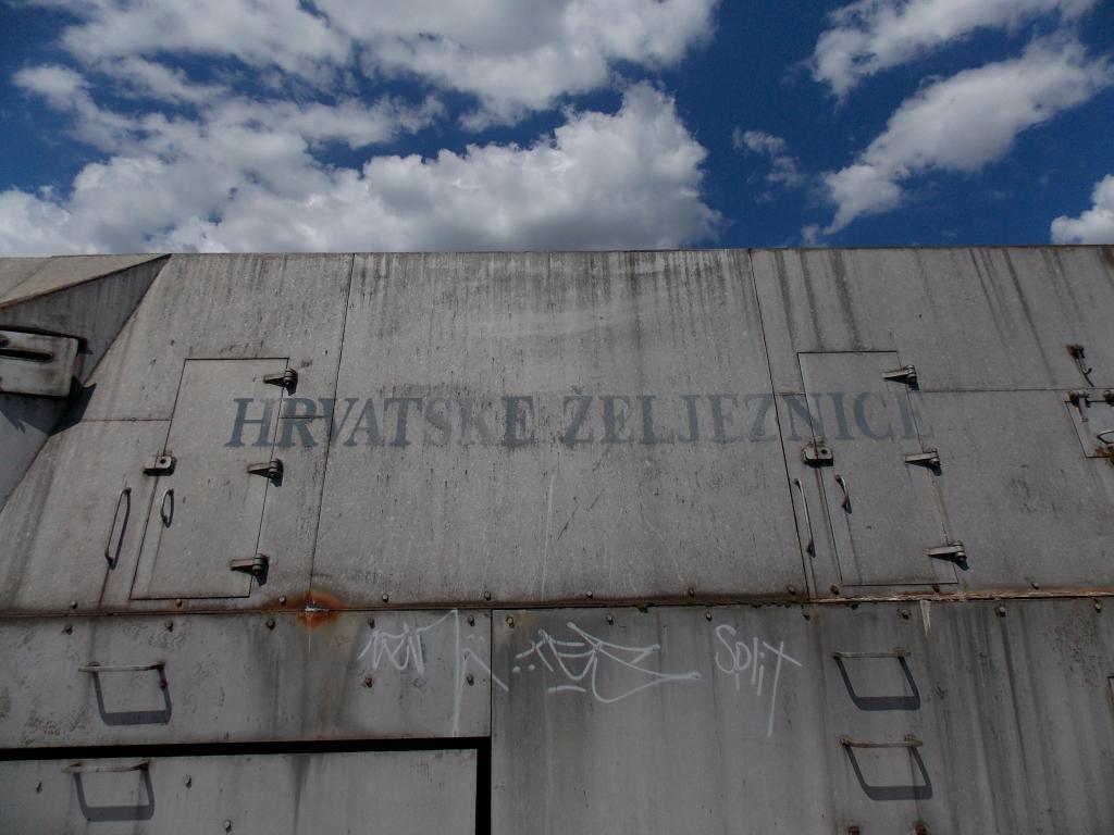 Oklopni vojni vlak DSCN6113_zps8bd97324
