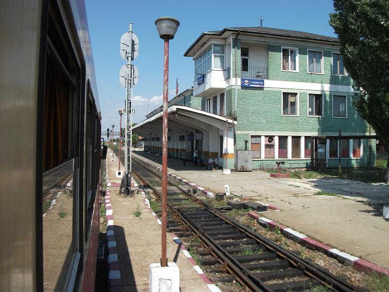 910 : Piatra Olt - Caracal - Corabia - Pagina 2 DSCF6418_zps966ed377