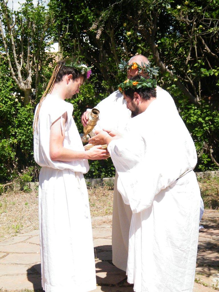 Religion et cérémonie religieuse dans le monde grec DSCF4220_zpsroq0wod9