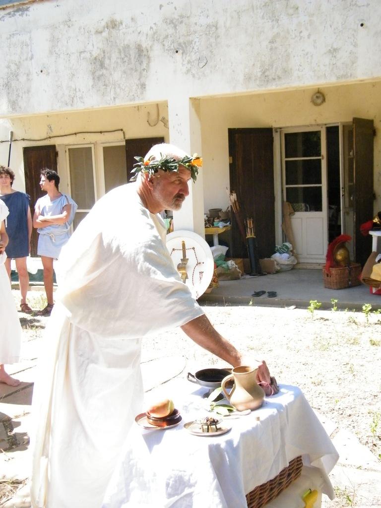 Religion et cérémonie religieuse dans le monde grec DSCF4225_zpsiimejilu