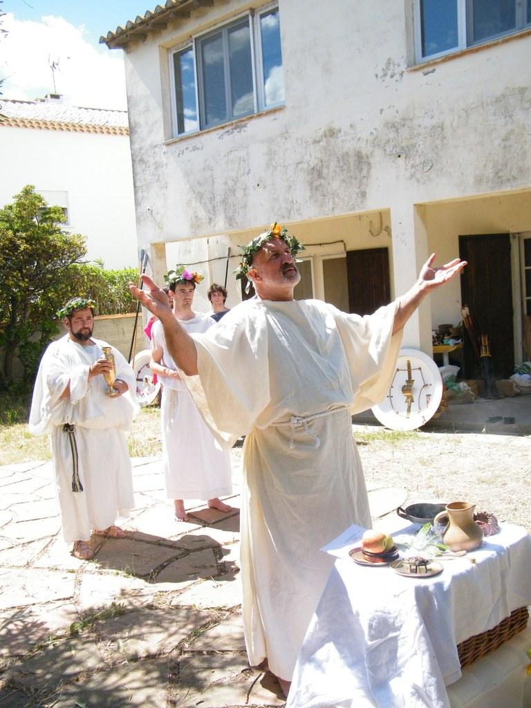 Religion et cérémonie religieuse dans le monde grec DSCF4226_zpsvbhgcrgq