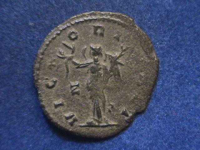 Antoniniano de Galieno. VICT-ORIA AET. Victoria estante a izq. Ceca Roma. DSC01247_zpsm5wdohm2