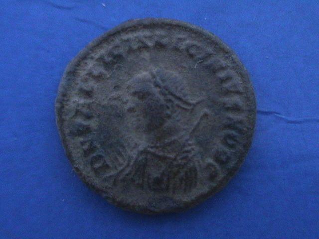 Nummus o follis de Licinio II. PROVIDENTIAE CAESS. Heraclea. DSC09556_zpslylz2m0c