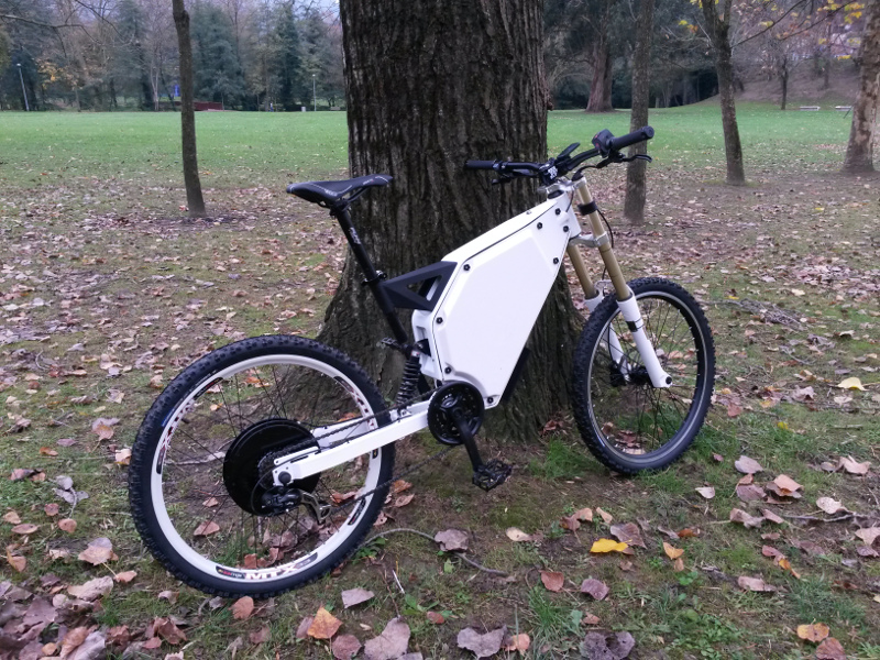 ***Vendo Bici Electrica Completa - Cuadro Enduro(Copia Vector)*** 20161128_113533_zpsw3hkuwjh