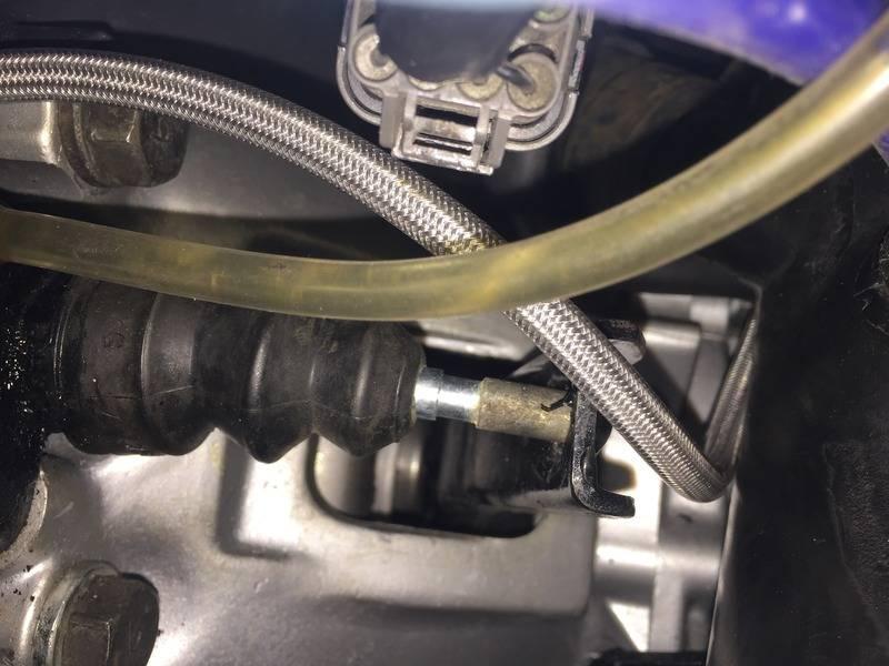More clutch trouble :-( 9E202520-B26C-47F3-B277-728F8A79CD33_zpsicaqpf0w