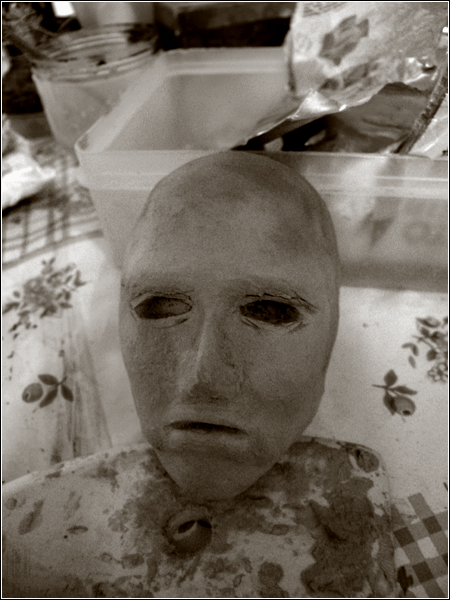TITAN & MUSE • Gorgun • XVI. THE SAME p.15 Hanke1bis