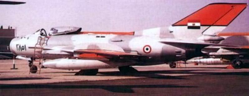 موسوعة اجيال الطائرات المقاتلة واشهر طائرات كل جيل - صفحة 5 3851J-6Egypt