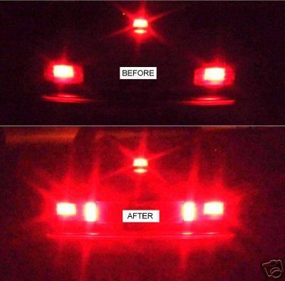 (W126): Luz de freio extra na traseira - Espaço a mais existente dentro da lanterna.  W126LUZTRASEIRA_zpsb54a5998