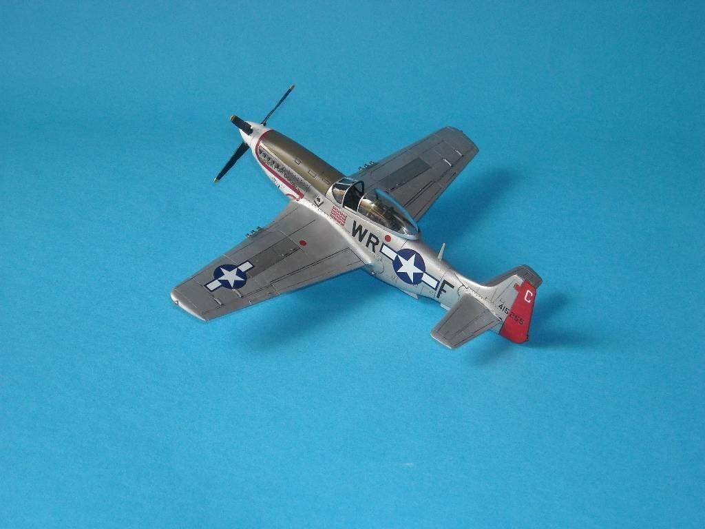 P-51D Academy 1/72 DSCN7919_zps28711a88