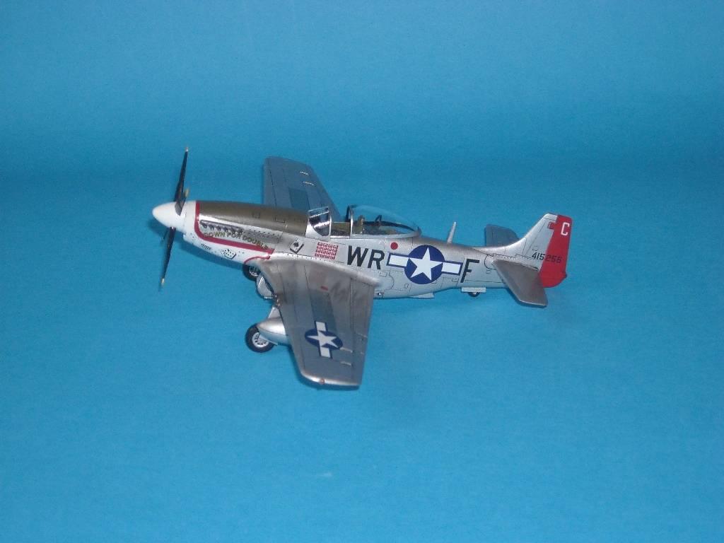 P-51D Academy 1/72 DSCN7920_zps8b48abcf