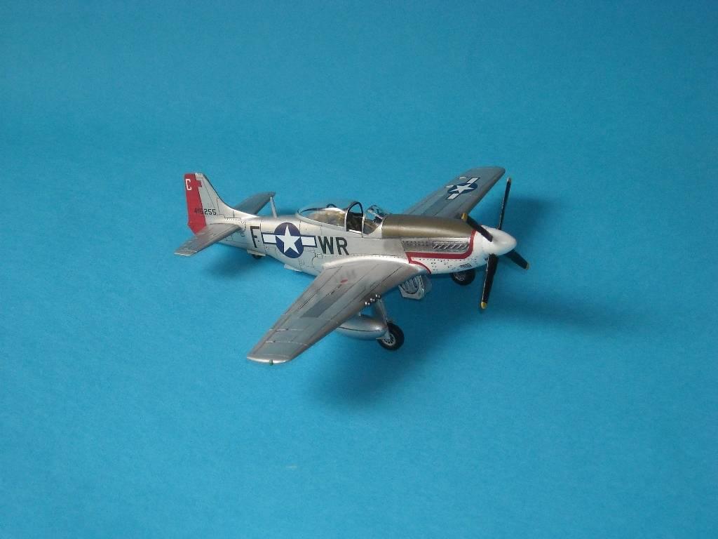 P-51D Academy 1/72 DSCN7921_zps7703c7b1
