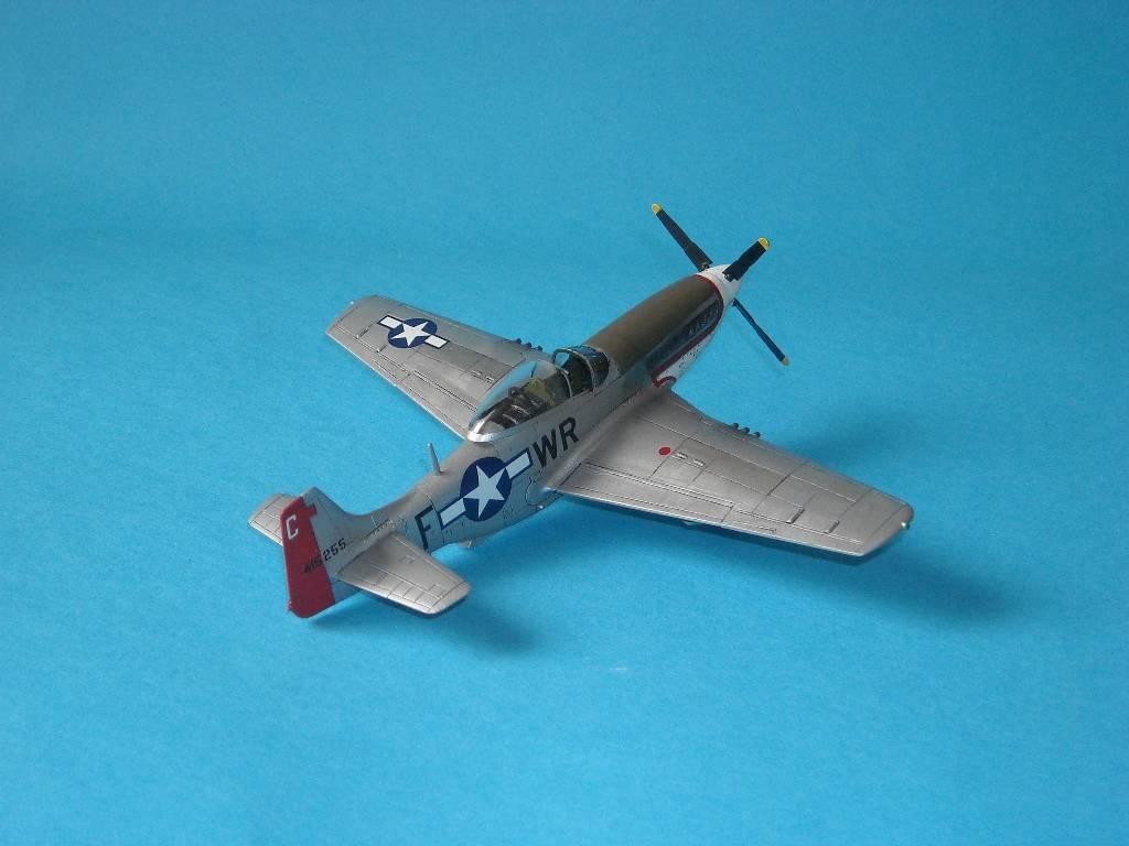 P-51D Academy 1/72 DSCN7923_zps8edfc3c0