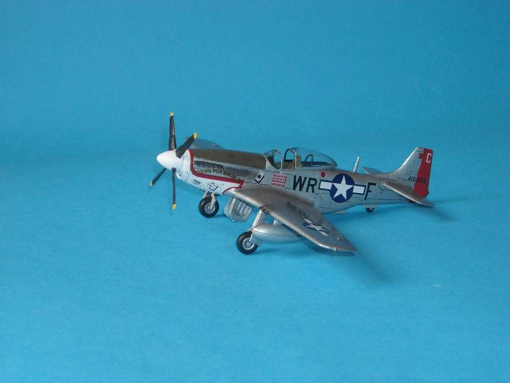 P-51D Academy 1/72 DSCN7927_zps4ecc63c9