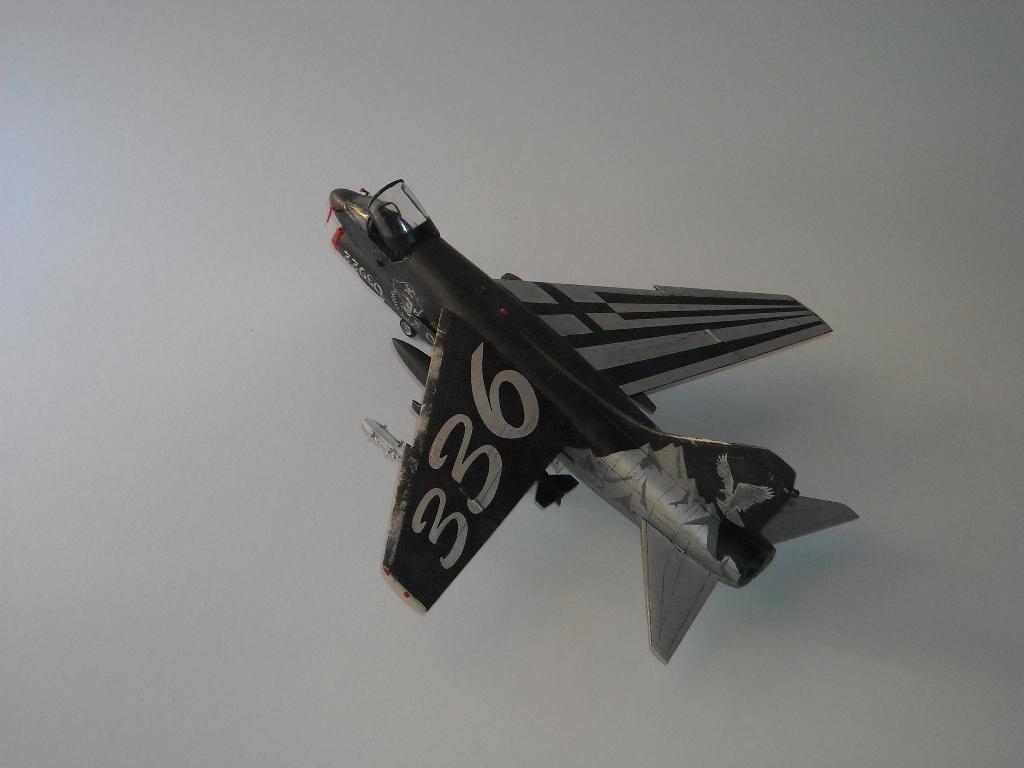 1/72 Hobby Boss A-7E(Όλυμπος) DSCN7934_zps5baf5296