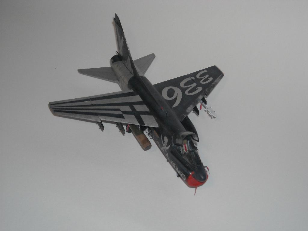 1/72 Hobby Boss A-7E(Όλυμπος) DSCN7938_zps62ecd656