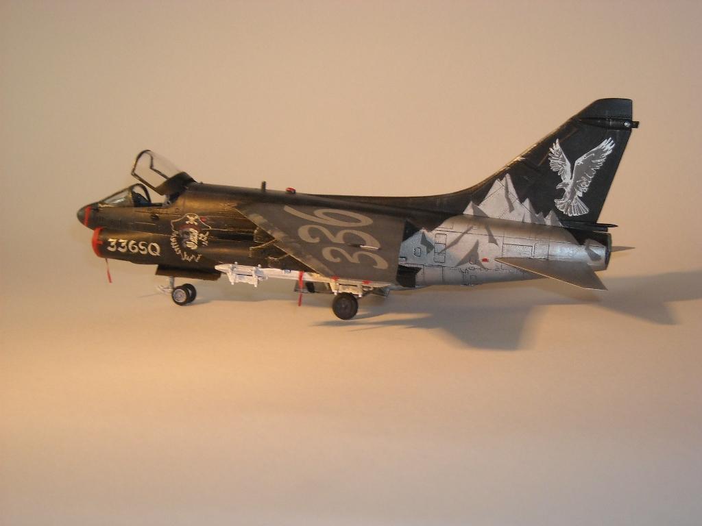 1/72 Hobby Boss A-7E(Όλυμπος) DSCN7943_zpsaffb8bca